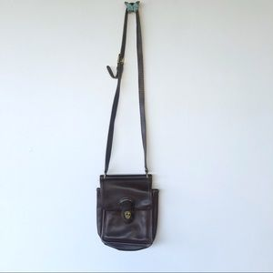 Vintage Coach messenger crossbody purse small